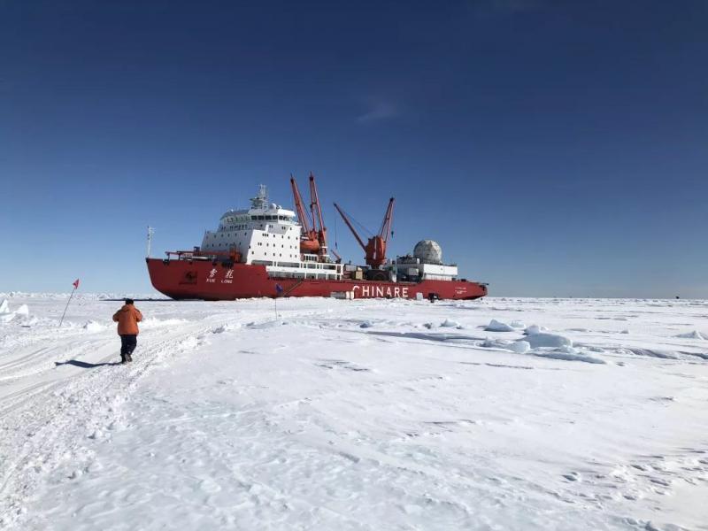 看!這位同學還沒畢業就去南極參加科學考察了