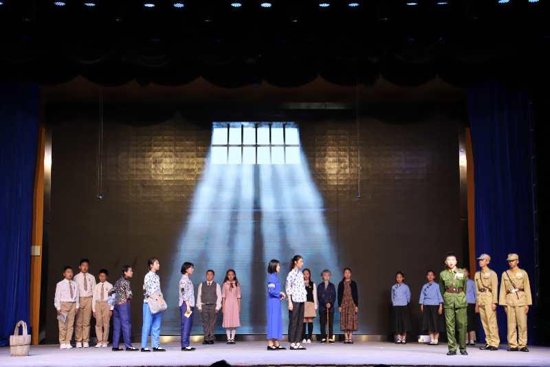 北京九中教育集团用戏剧节活动献礼祖国七十周年华诞