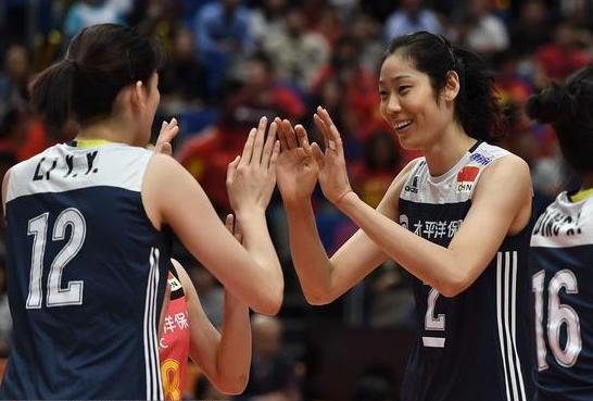 郎平:鍛煉李盈瑩讓她長經驗 朱婷不缺比賽先休息