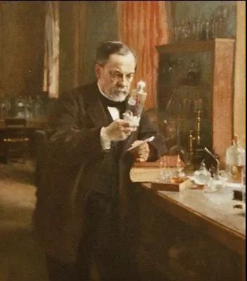 人類第一針狂犬疫苗打給了誰??