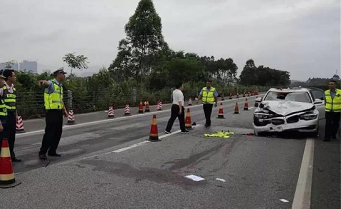 桂林男子沖撞事故現場造成兩輔警殉職,肇事司機被批準逮捕