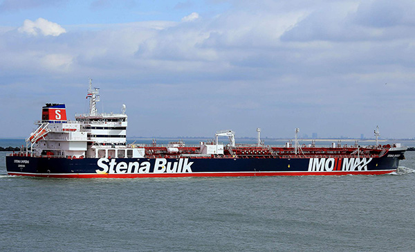 英政府就油轮被扣事件召开紧急会议,考虑对伊朗恢复制裁