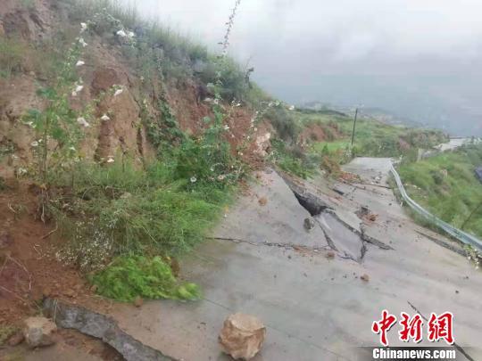 甘肃舟曲发生山体滑坡无人员伤亡 官方24小时监测预警