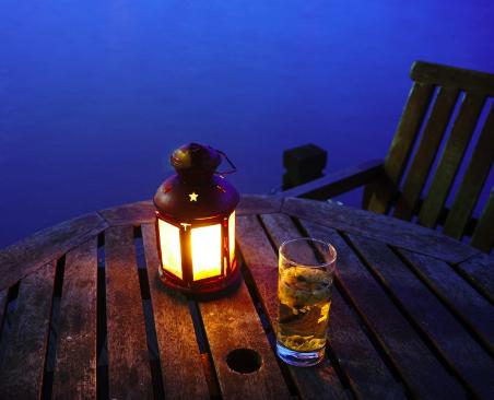 夏天的夜晚是用来解脱暑热的,也是用来享受美好的